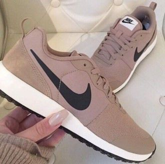 shoes nike beige sneakers tan nikes running shoes brown