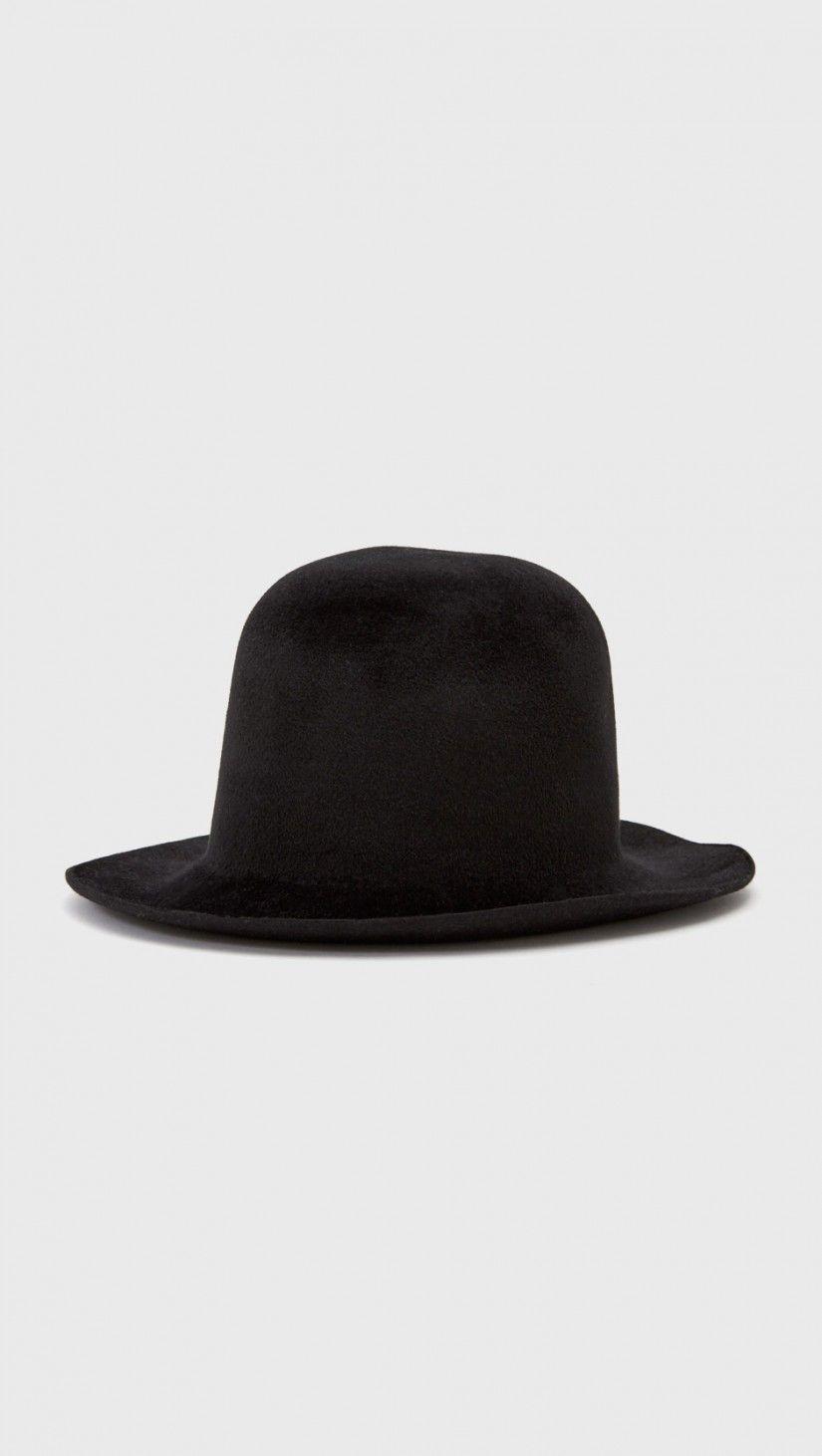Reinhard Plank Ibro Melousine Hat in Black | The Dreslyn