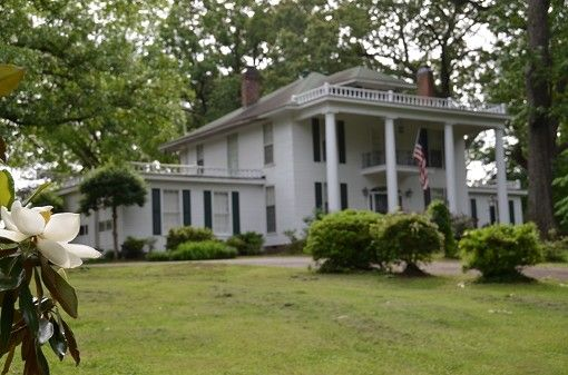 Tennessee Historic Property Victorian Homes Colonial Homes Greek Revival Antebellum Historic Homes For Sale Historic Homes Colonial House