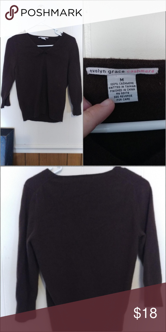 Evelyn grace cashmere sweater size med Like new super soft Sweaters Crew & Scoop Necks