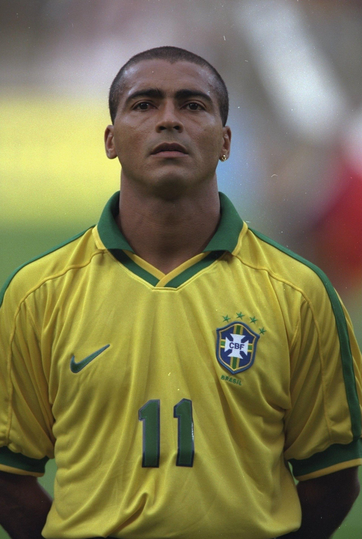 Relembre Todos Os Jogadores Cortados Do Brasil Em Copas Selecao Brasileira De Futebol Romario Futebol Masculino