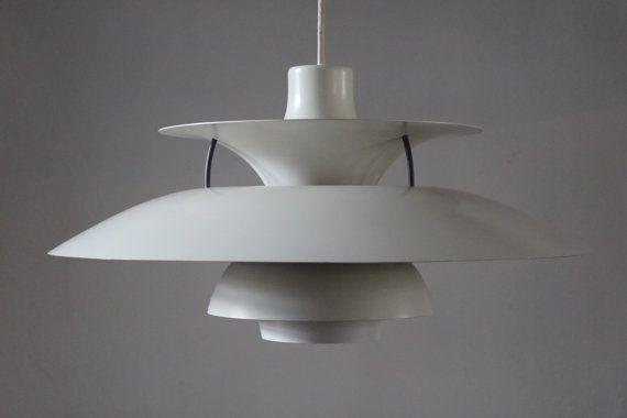 Poul Henningsen PH 5 Pendant from Louis Poulsen A/S  by danishhome, kr1800.00 - kan f.eks. købes brugt på DBA