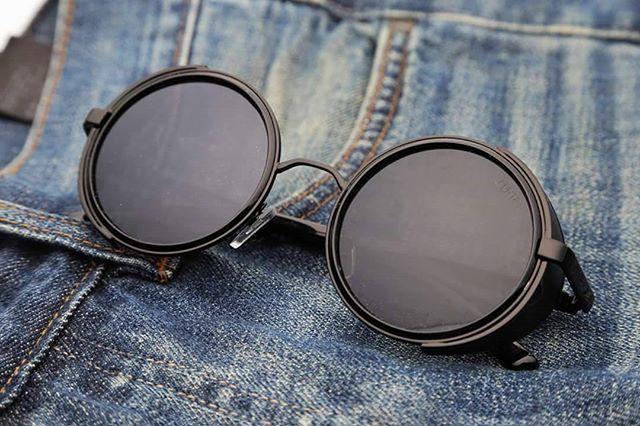30b3d1e7ce6d4 Que tesão esse óculos  THE TARANTINOFrete Grátis