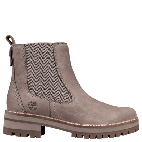 Timberland | Women's Courmayeur Valley Chelsea Boots in 2019