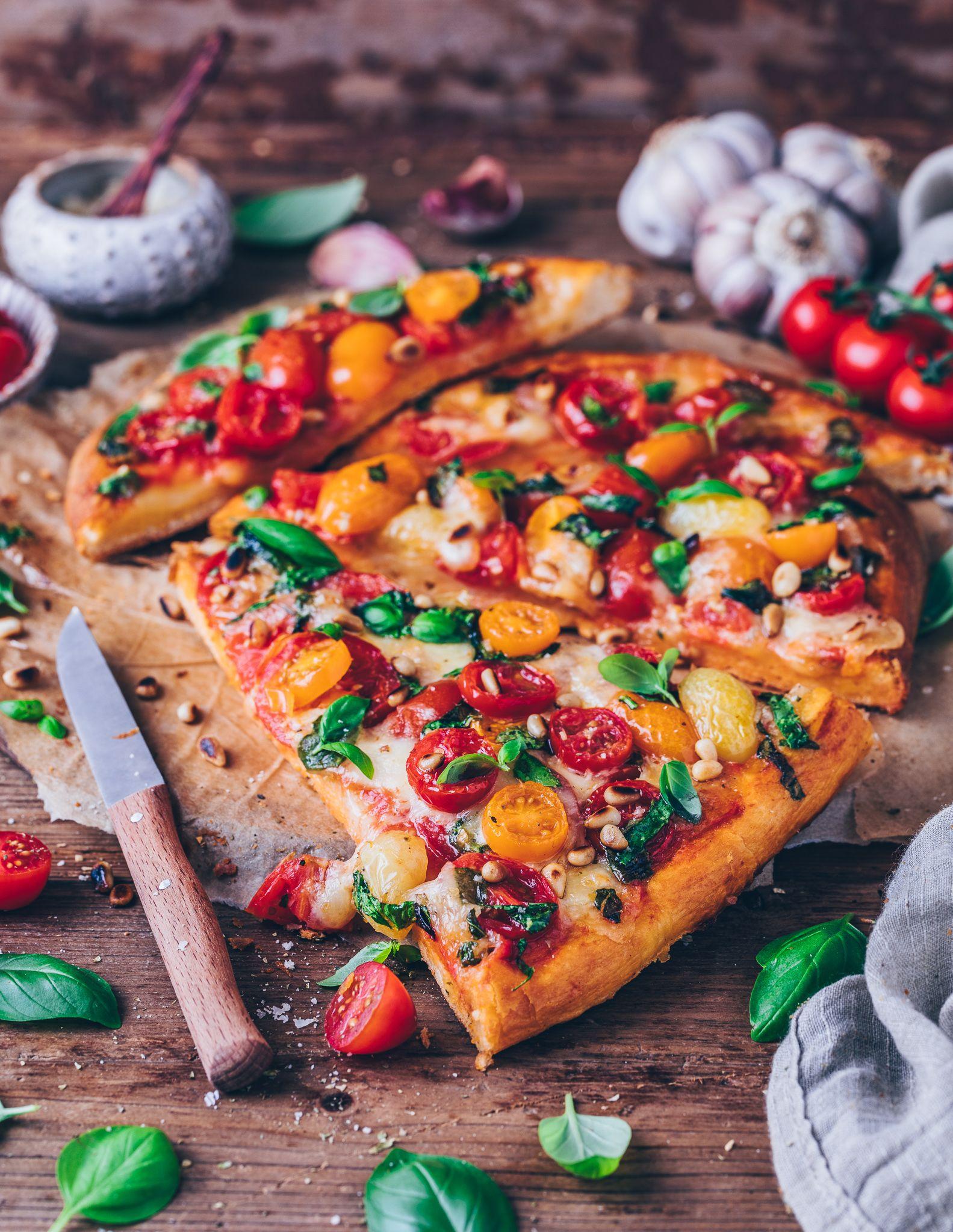 Das BESTE PIZZA Rezept (Einfach & Vegan)