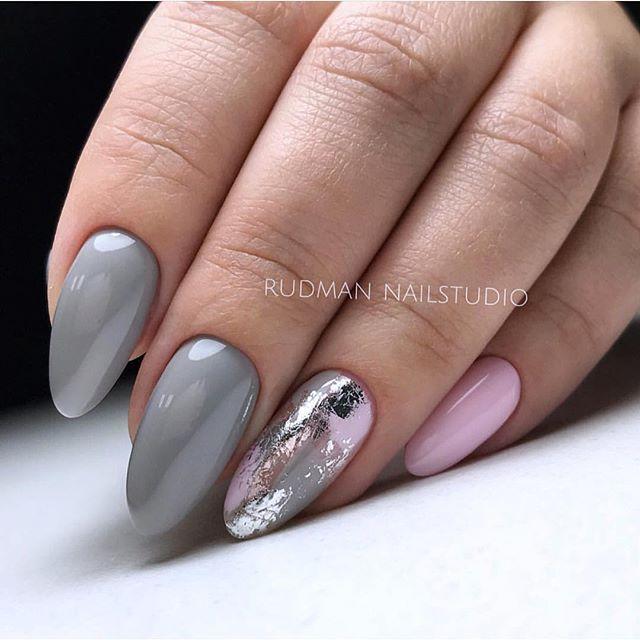 Grey matched pink nails