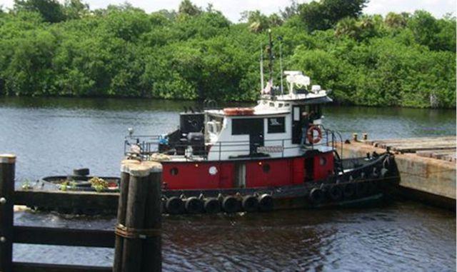Tugboat for sale - east coast of Florida | Houseboat Living | Tug
