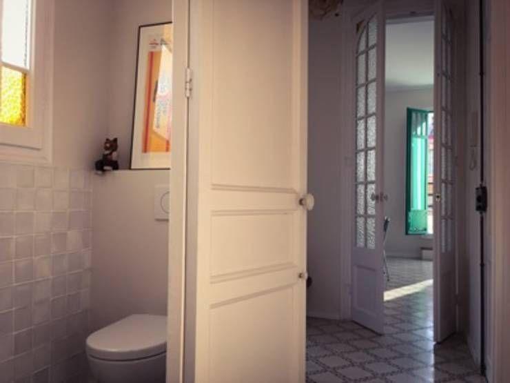 Baño: Baños de estilo moderno de 02_BASSO Arquitectos