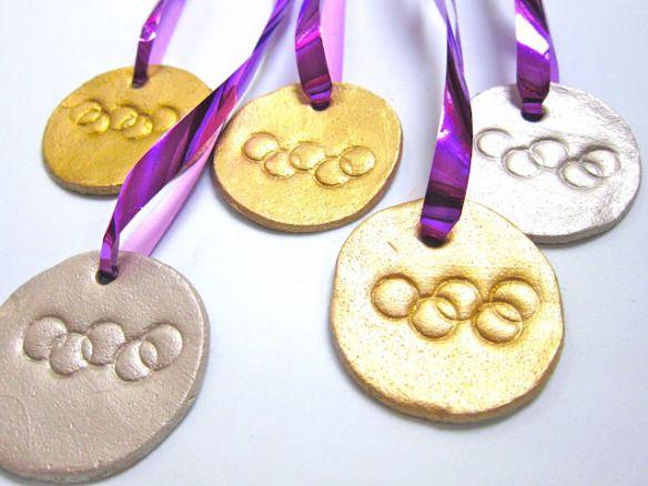 medallas de masa de sal                                                                                                                                                      Más