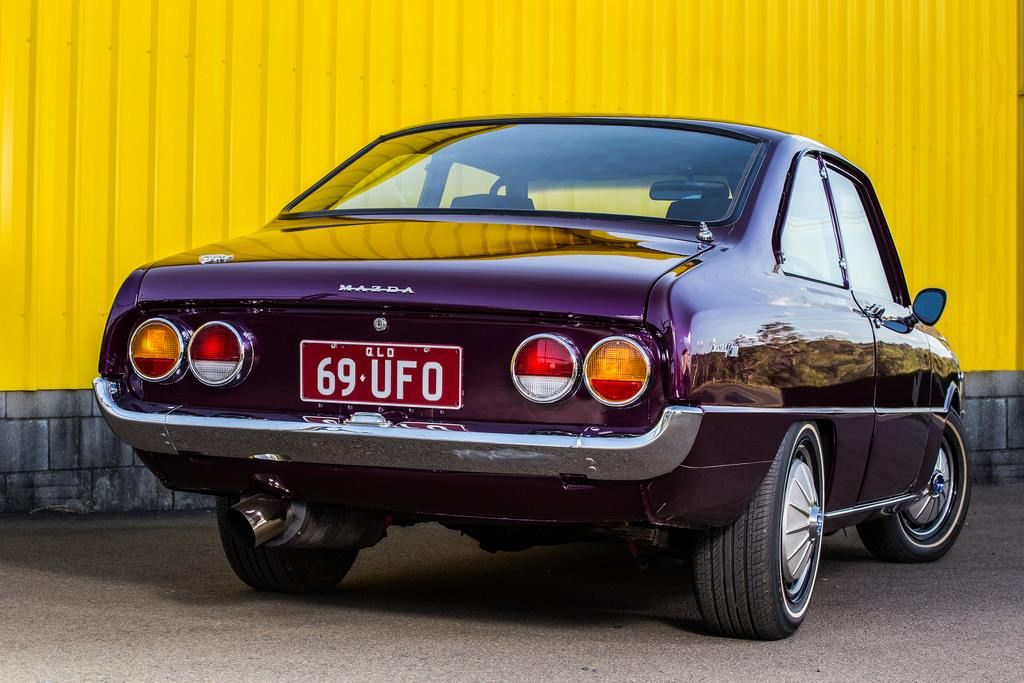1970 Mazda R100 (With images) | Japanese cars, Old cars, Car