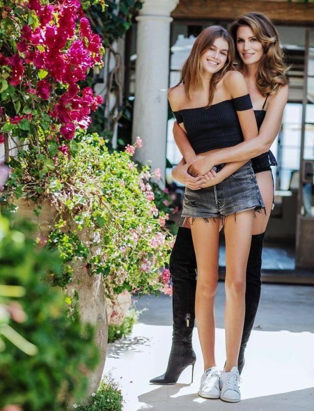 cheaper 5e5be bb55d Mode Féminine, Belles Femmes, Cuissardes, Cheveux,