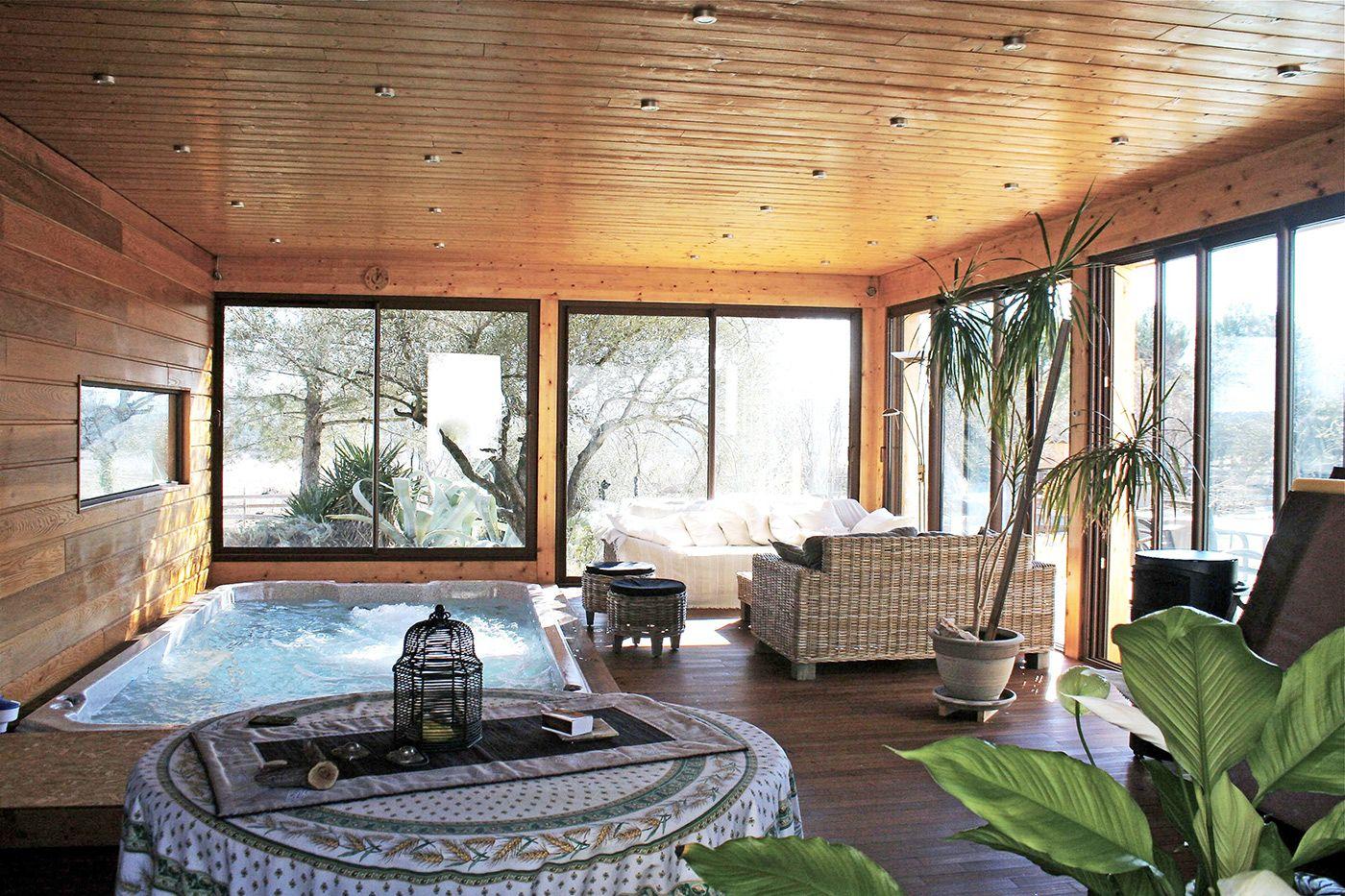 cette extension bois ajoute une pi ce lumineuse comme une v randa qui permet en hiver de. Black Bedroom Furniture Sets. Home Design Ideas