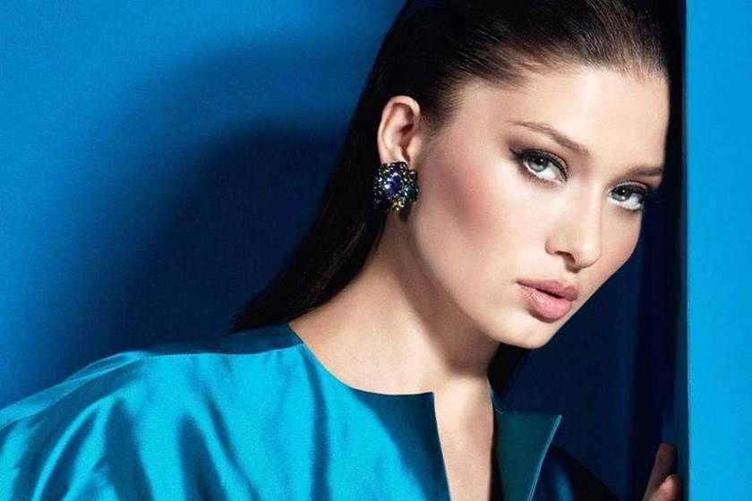 بالصور نورجول يشيلجاي تتعرض لانتقادات لاذعة بسبب عمليات التجميل In 2020 Turkish Beauty Most Beautiful Faces The Most Beautiful Girl