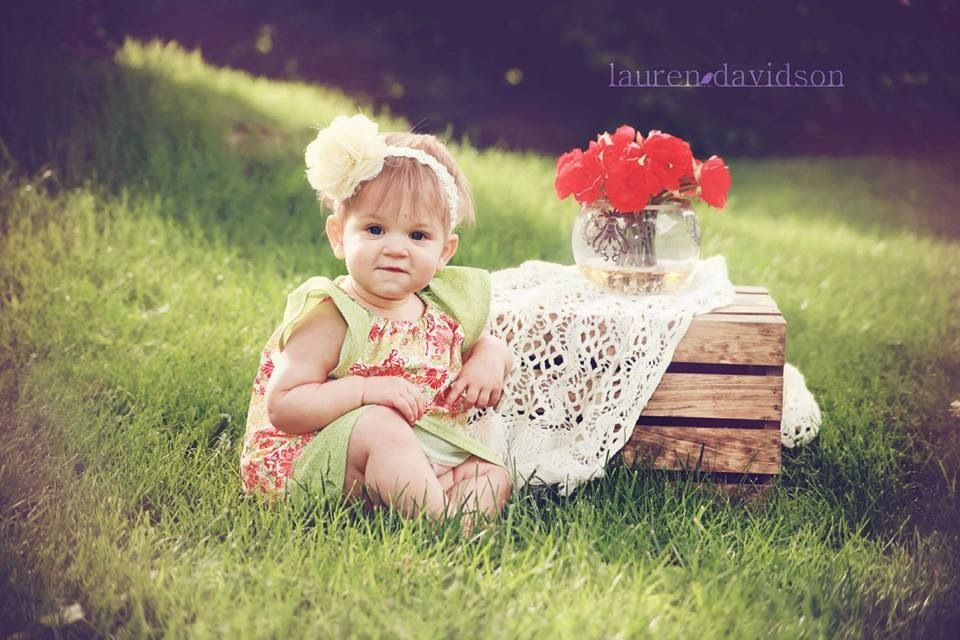 Good Birthday Gift For 1 Year Old Baby Girl: One Year Old Birthday Photo Ideas. 1 Year Girl Photos