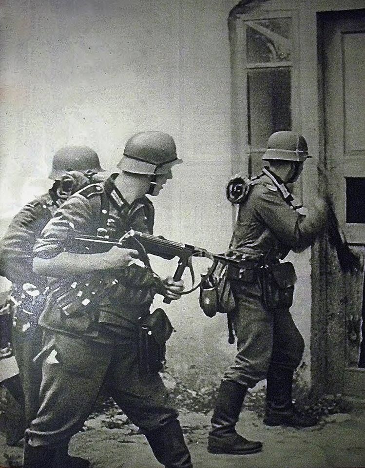 a history of operation barbarossa in world war two Operation barbarossa (german: fall barbarossa, literally case barbarossa), beginning operation barbarossa was the largest military operation in world history in both manpower and casualties a world at arms: a global history of world war ii, the war on the eastern front.