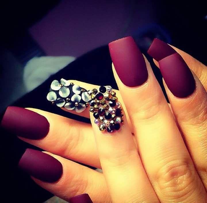 Ideas de uñas hermosas en mate | Uñas hermosas, Diseños de uñas y ...