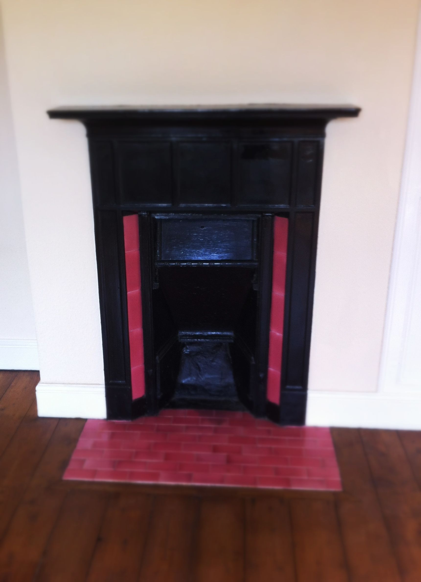 Before Picture Spare Room Pink Tiled 1930s Fireplace Vintage Fireplace Edwardian Fireplace Art Deco Tiles