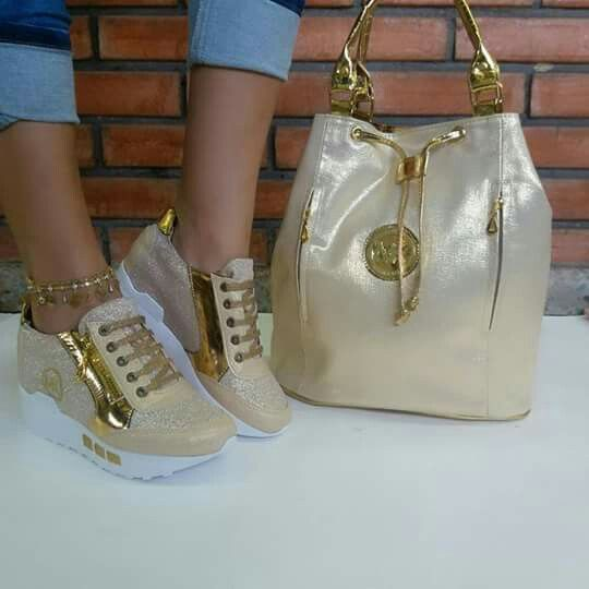 Photo of Taupe/Beige golden metallic hotness
