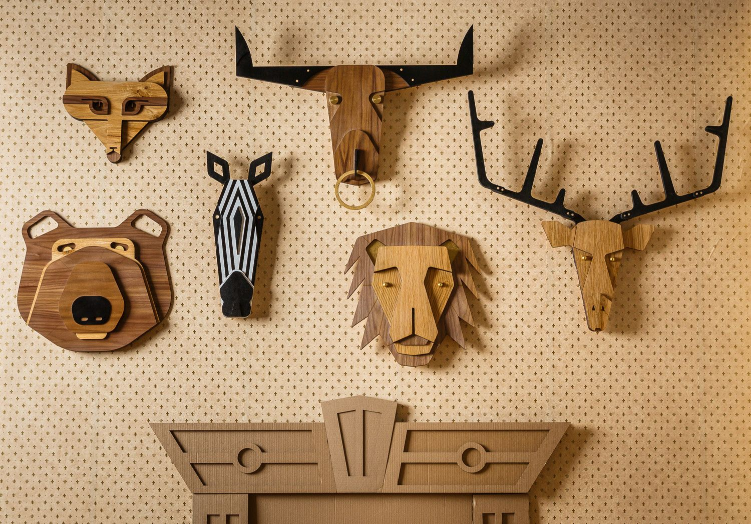Modern style wooden decorative masks - wall hangings - home decor – Urbanmasquerade