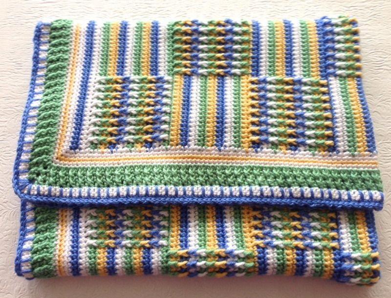 Posts & Stripes Blanket | YouCanMakeThis.com