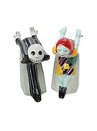 HOTTOPIC.COM - The Nightmare Before Christmas Kissing Jack And Sally Salt & Pepper Shakers