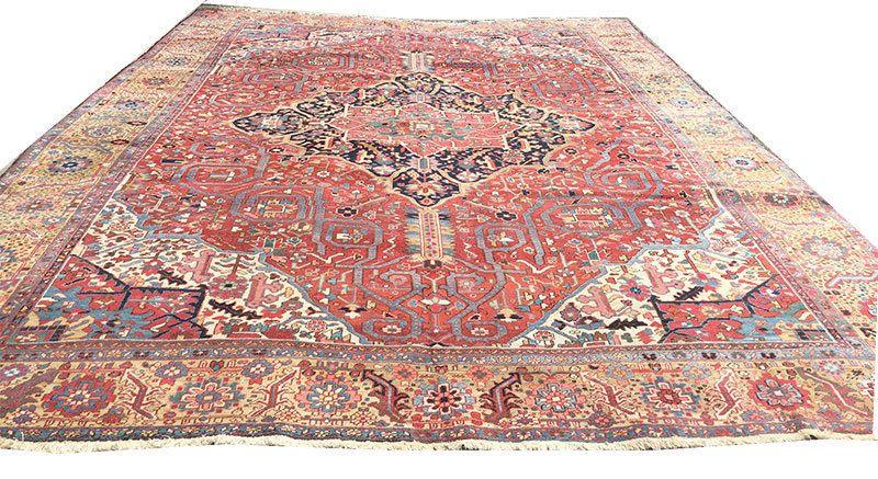 A Stunning Antique 12 X 15 Decorative Persian Heriz Rug Persian Heriz Rug Rugs Heriz Rugs