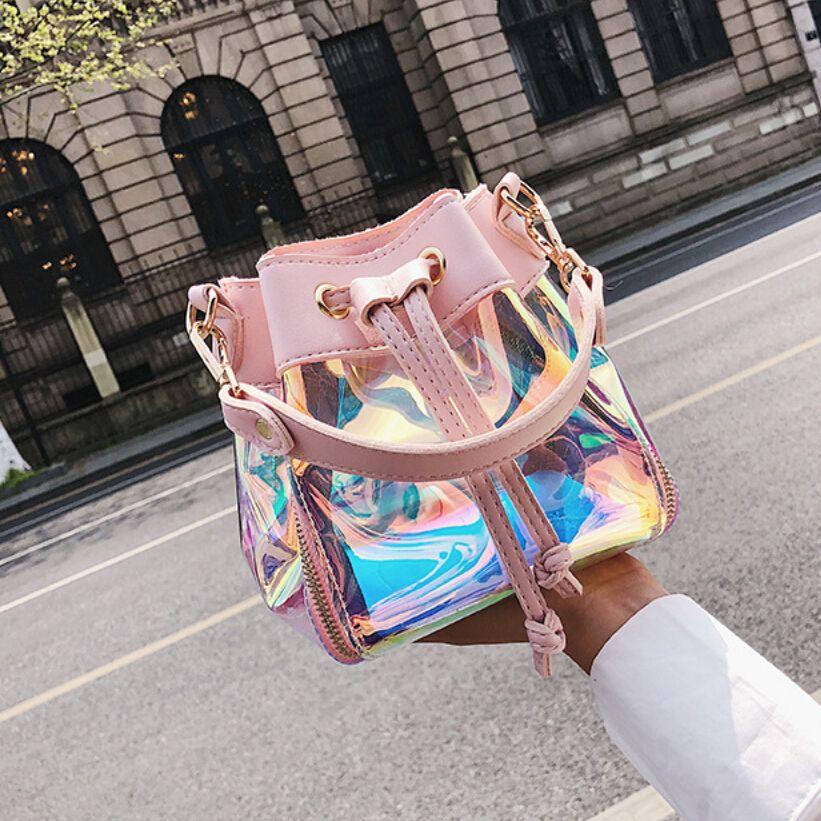 Hermoso bolso bandolera con láser holograma