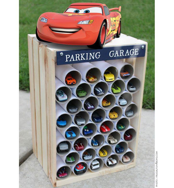 le garage de rangement pour les gar ons boite rangement pinterest garage les gar ons et. Black Bedroom Furniture Sets. Home Design Ideas