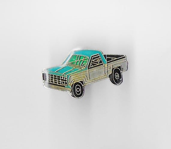 Vintage Blue PICK-UP TRUCK Lapel Pin, Enamel Pin, Pinback, Hat Pin, Classic Car, Chevy, Ford, Usa, 6