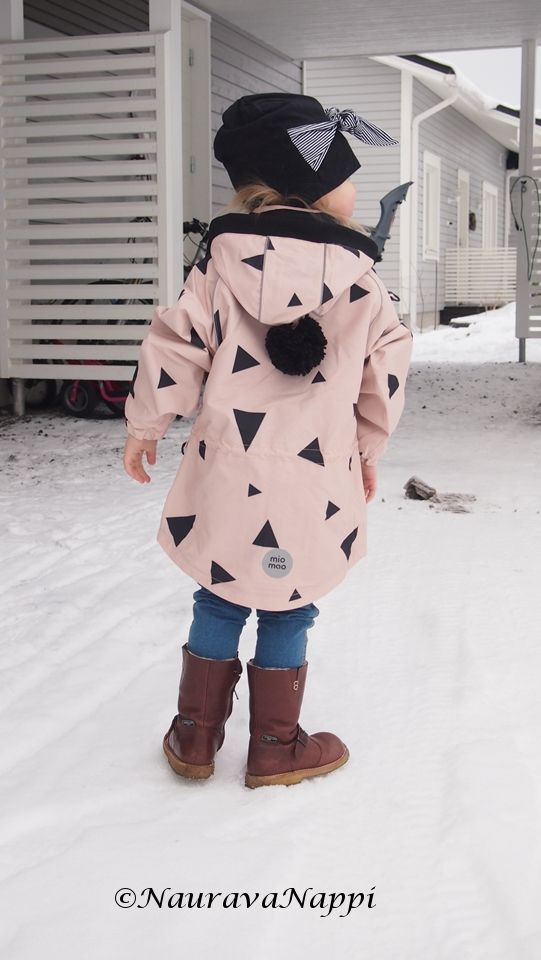 Miomao clothing