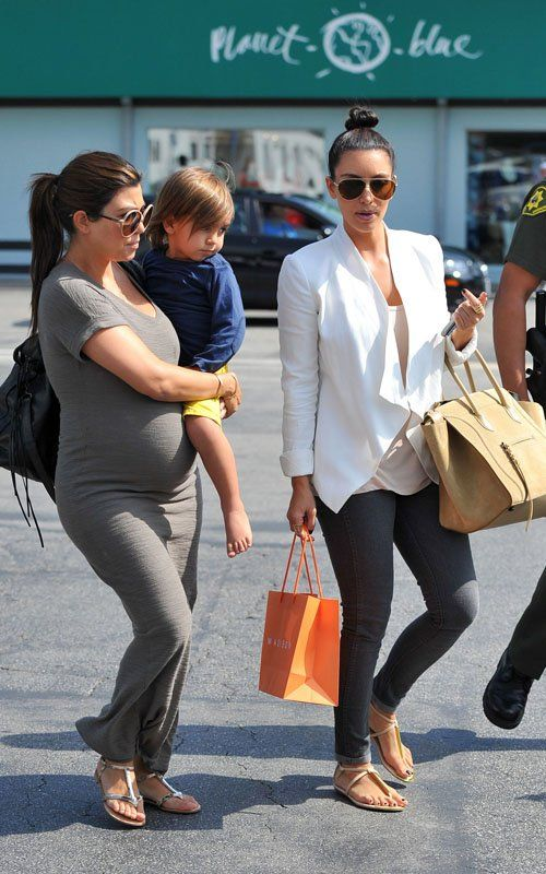 Kim and kourtney pregnant dress style
