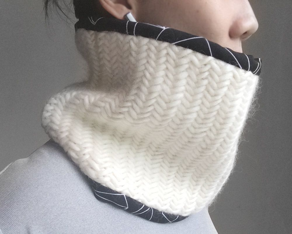 Loop x1 herringbone neck warmer scarf - cotton lined by topobox on Etsy