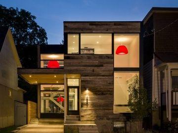 แบบบ้านสวย 3 ชั้นดูโมเดิร์น เน้นวัสดุโครงสร้างไม้ ตั้งอยู่ใน ออตตาวา แคนาดา