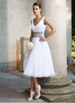 Pin von Grazyna Galli auf Fashion in 2020 | Hochzeitskleid ...