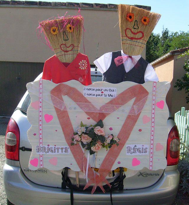 Voiture balai r le id es de d co photos pr paration mariage voiture pinterest - Idee decoration voiture mariage ...