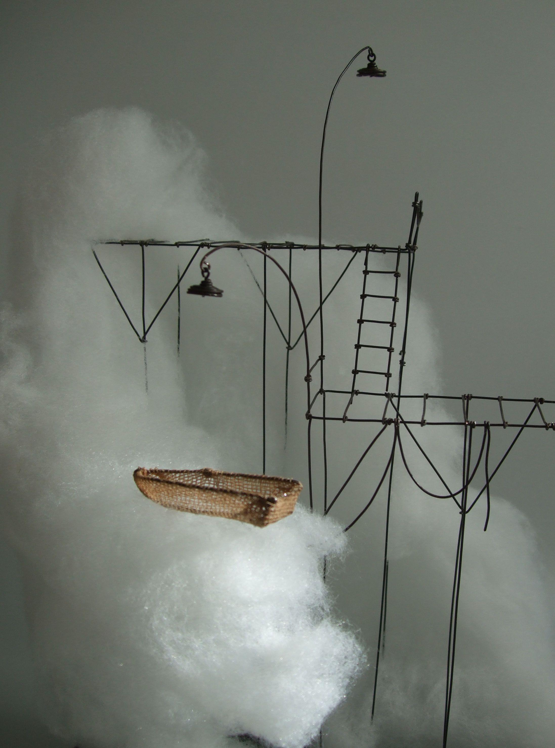 """de Fer est mon Fil - détail sculpture sous globe """"l'éclaircie"""" 01- Isabelle Bonte"""
