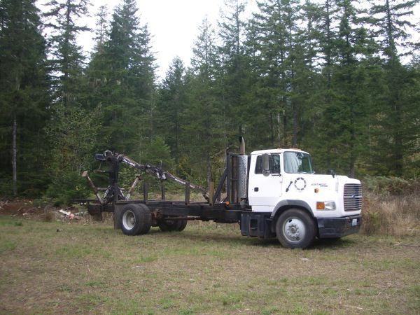 Grapple Truck with 20ft bunks Grappling, Trucks, Bunks