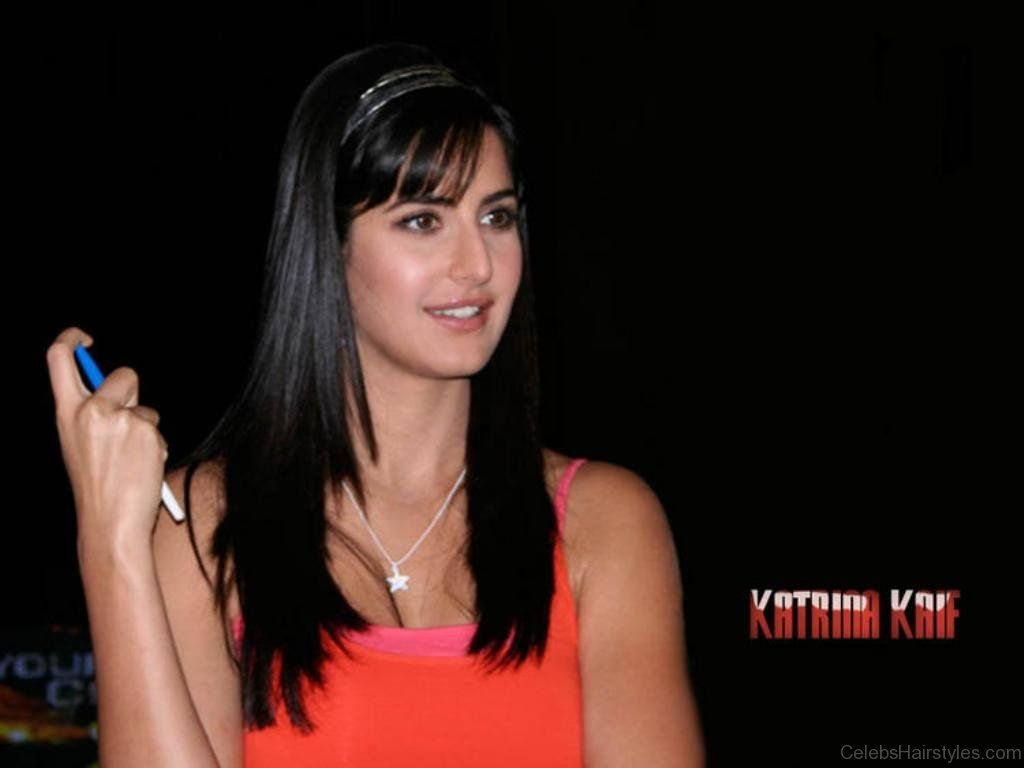 Katrina Kaif Layered Hairstyle Cool Hairstyles Hair Styles Official Hairstyle