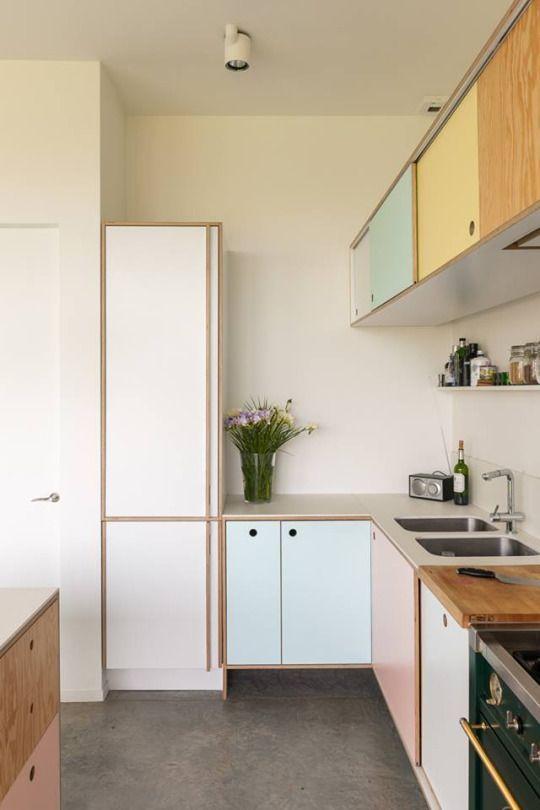 Les Couleurs Pastel Investissent Les Meubles De Cuisine Kitchen