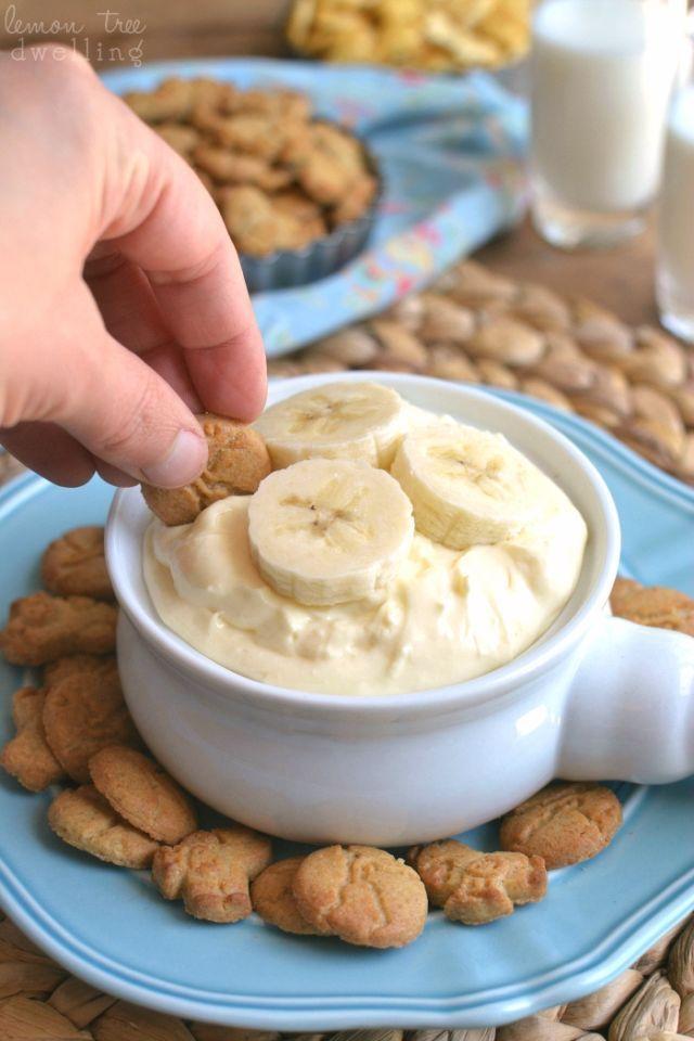 Wir können uns keinen besseren Weg vorstellen um Bananen-Sahne-Kuchen zu genießen. Dieses einfache Bad ist   Desserts