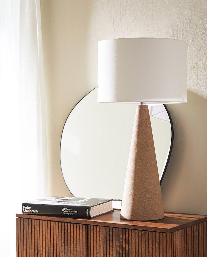 Imagen Del Producto Lampara Base Ceramica En 2020 Zara Home Lampara Alfareria De Ceramica