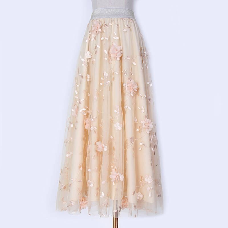 Vestido branco coleção PrimaveraVerão Mamãe & Cia   Mamãe