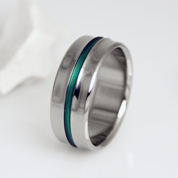 Unique Titanium Green Wedding Ring With A Centered Pinstripe Etsy Titanium Wedding Band Titanium Wedding Rings Green Wedding Rings