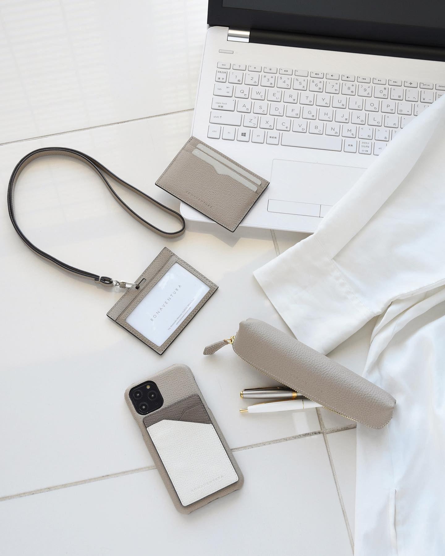 Pop Up Event At Mitsukoshi Ginza From The 11th ㅤ 12月11日 水 銀座三越3階ル プレイスにて ボナベンチュラのポップアップイベントを開催いたします ㅤ Iphoneケースやお財布 バッグなどをバリエーション豊富に展開するほか 新商品のペン 2020 ボナ