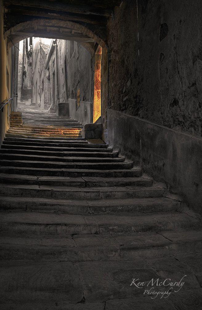 Cortona, Tuscany, Arezzo, Italy #cabinmax #travel #cabinbags https://cabinmax.com/stowaway/171-arezzo-stowaway-0616316229044.html?search_query=arezzo&results=1