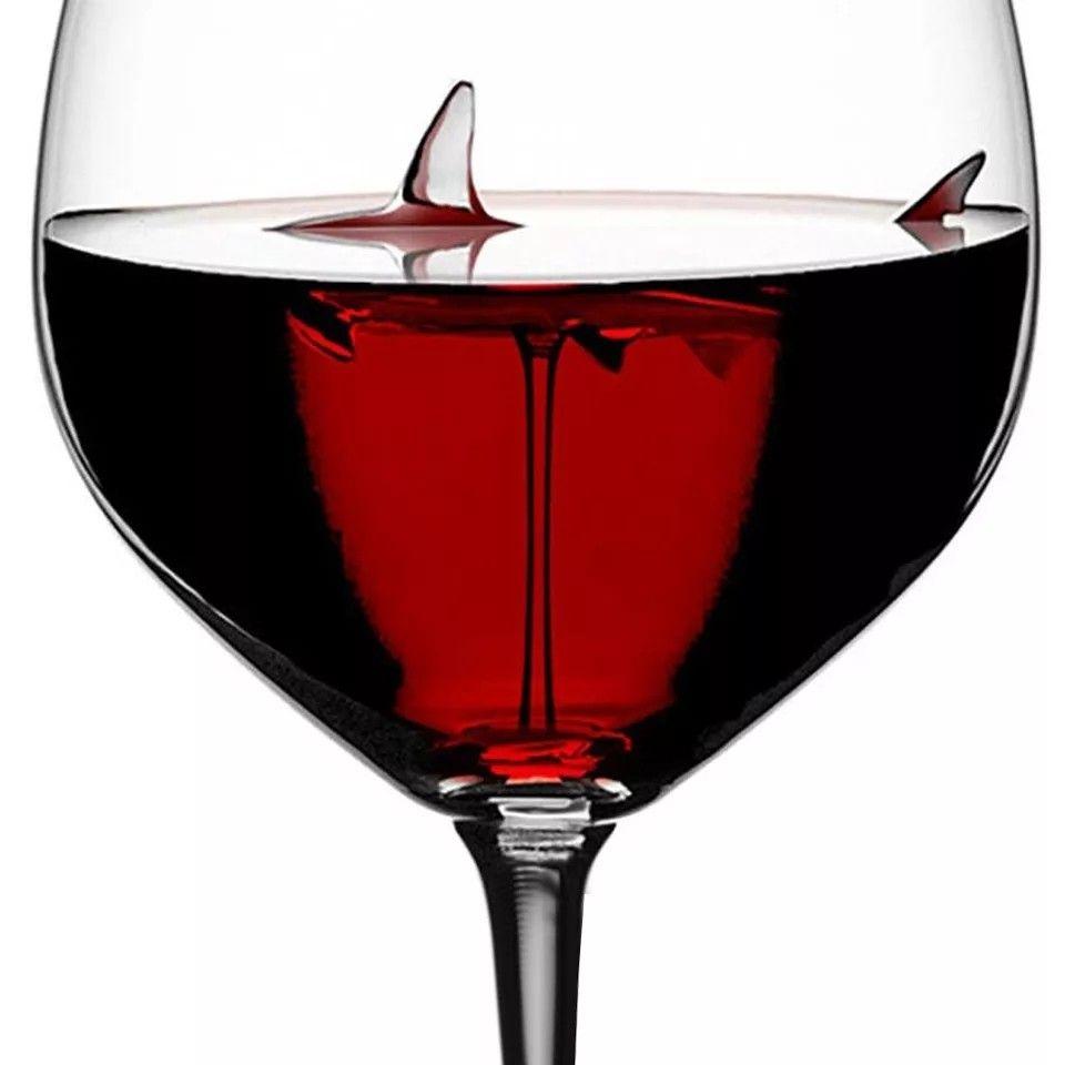 Shark Vine Glass In 2020 Wine Glass Cup Crystal Wine Glasses Glass Shark