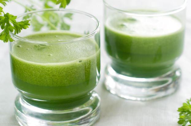Cette boisson à base de persil pourrait vous faire perdre
