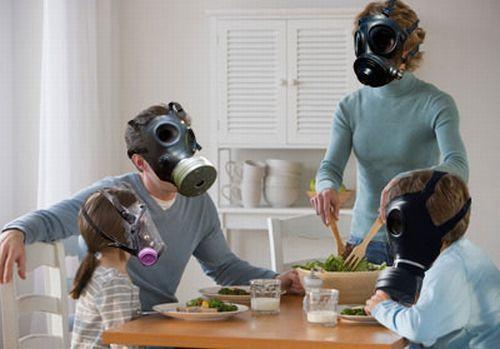 Come evitare l'inquinamento nelle nostre case La qualità dell'aria all'interno delle abitazioni spesso viene sottovalutata. Umidità, polvere, agenti chimici volatili contenuti nei detersivi, sigarette, inquinano l'aria che respiriamo... #casa #salute #ventilazionemeccanica