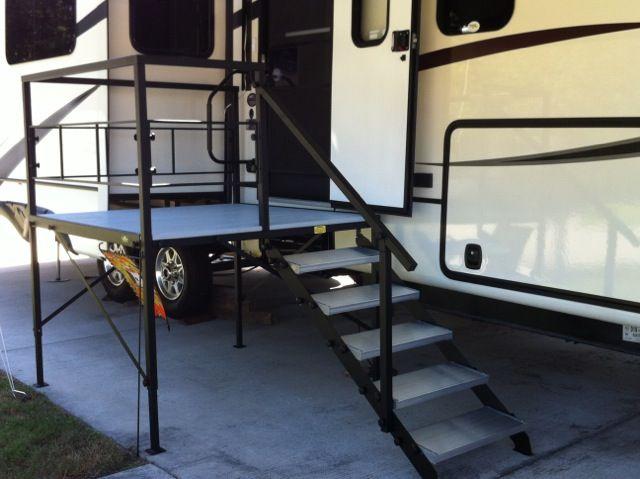 6f16dcba4a Portable RV Steps