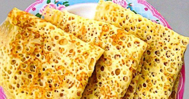 Чудесные кружевные блинчики сегодня у нас в рубрике ЛЮБЛЮ ГОТОВИТЬ!!!!   🍳Вам понадобятся: 1 стакан кефира 1 яйцо 1 стакан муки 1/3 ч. л. соды 1 ст. л. растительного масла 1/2 стакана крутого кипятка 1 ст. л. сахара 1/3 ч. л. соли Приготовление: Берем кефир, яйцо, сахар, соль, муку и тщательно перемешиваем. В кипяток добавляем соду, быстро перемешиваем и выливаем в тесто. Опять все перемешиваем и даем тесту постоять 10 минут. Добавляем в смесь растительное масло и перемешиваем. Блинчики…
